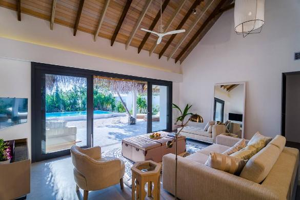 2 Bedroom Beach Villa with Pool